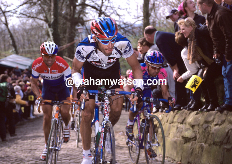 George Hincapie in the 2000 Tour of Flanders