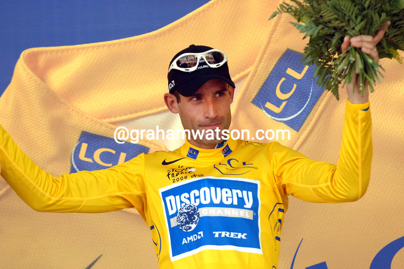 GEORGE HINCAPIE CELEBRATES TAKING THE RACE-LEAD OF THE 2006 TOUR DE FRANCE AFTER STAGE ONE INTO STRASBOURG