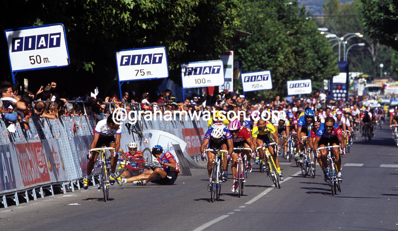 George Hincapie has crashed in a stage of the 1996 Vuelta a España