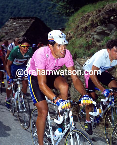 MIGUEL INDURAIN IN THE 1993 GIRO D'ITALIA