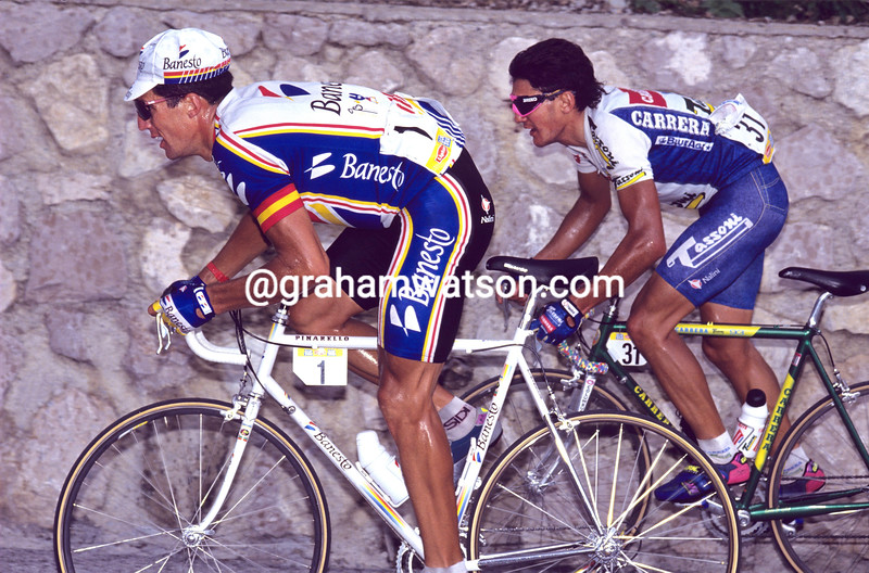 Miguel Indurain and Claudio Chiappucci in the 1993 Giro d'Italia