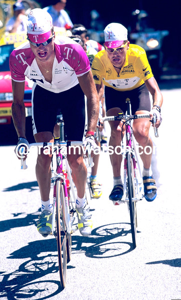 Bjarne Riis leads Jan Ullrich in the 1997 Tour de France