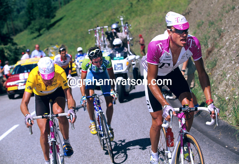 Bjarne Riis leads Jan Ullrich and Fernando Escartin in the 1997 Tour de France