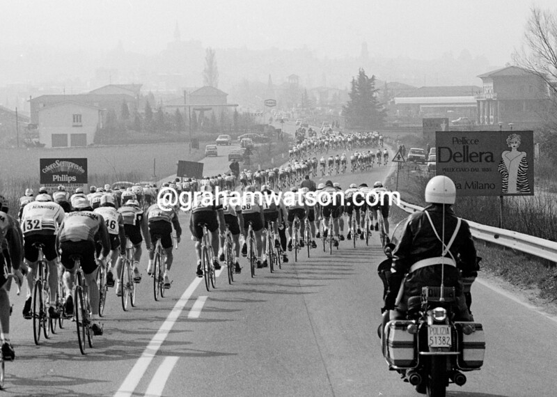 Wind smashes into the peloton in the 1983 Milan-San Remo