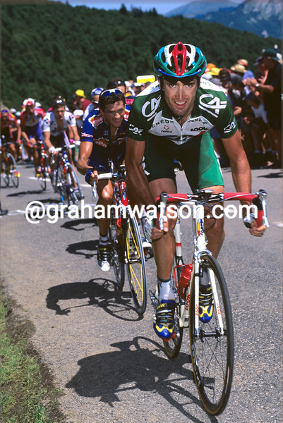 Bobby Julich in the 2001 Tour de France