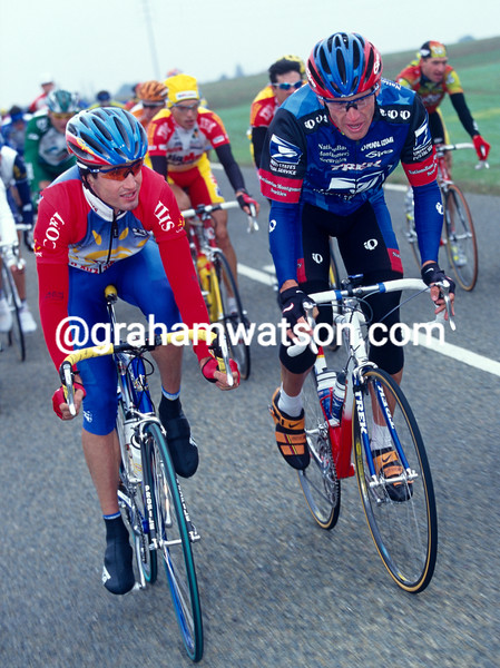 Bobby Julich and Lance Armstrong in the 1998 Paris-Tours