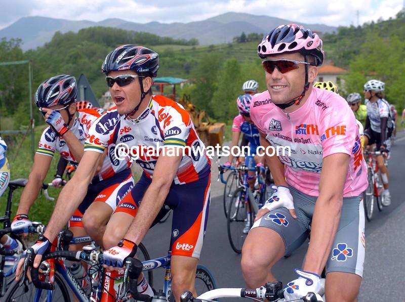 Bradley McGee with Nick Gates in the 2004 Giro d'Italia