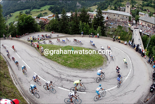 THE PELOTON ON STAGE SEVENTEEN OF THE 2009 TOUR DE FRANCE