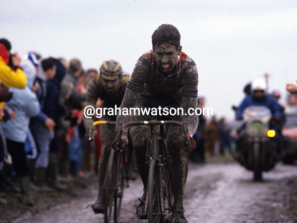 Sean Kelly in the 1983 Paris-Roubaix