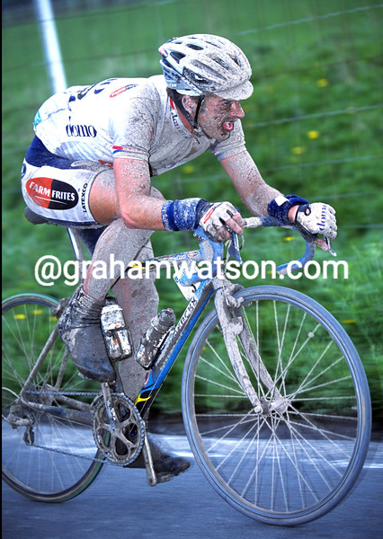 Servais Knaven in the 2001 Paris-Roubaix