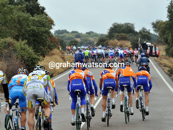 THE RABOBANK TEAM CLOSE A GAP IN THE PELOTON ON STAGE EIGHTEEN OF THE 2009 TOUR OF SPAIN