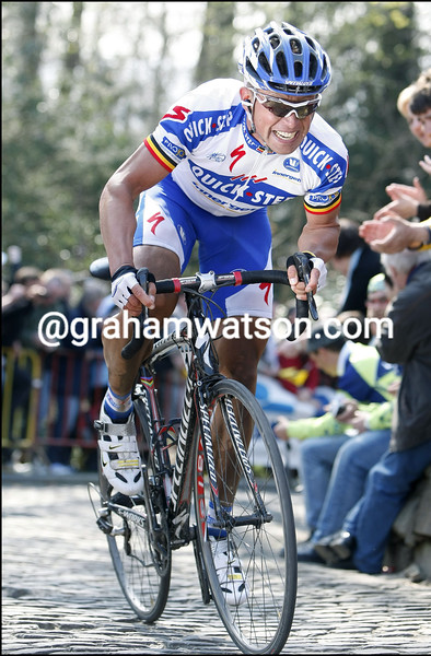 STIJN DEVOLDER IN THE 2009 TOUR OF FLANDERS