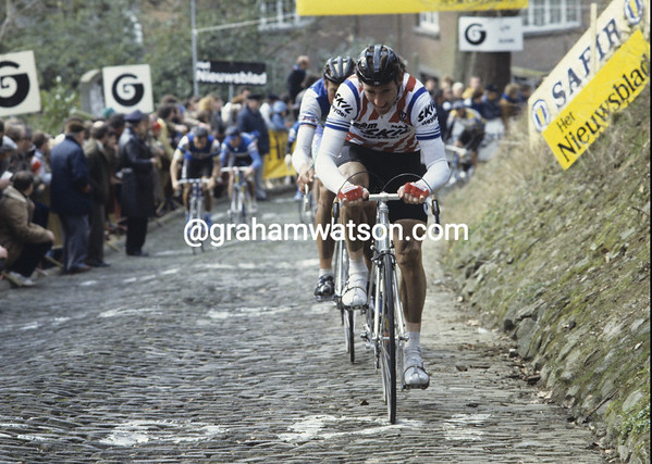 SEAN KELLY ON THE MUR DE GRAMMONT CLIMB IN THE TOUR OF FLANDERS