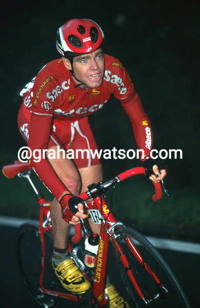 Cadel Evans in the 2001 Tour of Lombardy