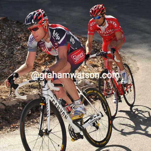 CADEL EVANS AND DAVID MONCOUTIE ON STAGE SIX OF THE 2009 PARIS-NICE