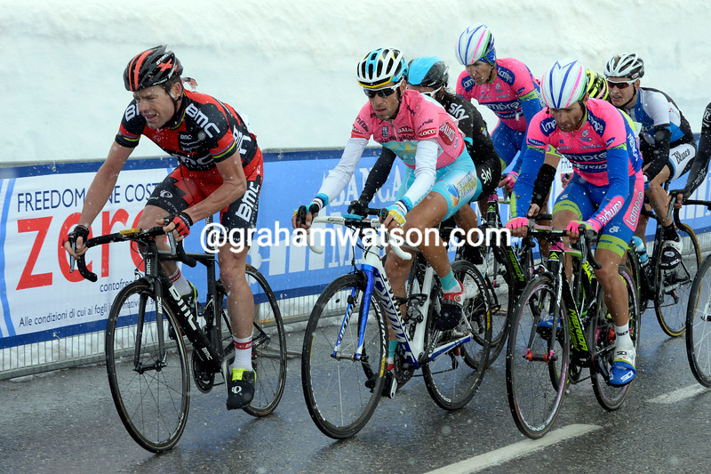 Vincenzo Nibali and Cadel Evans on stage fifteen at the 2013 Giro d'Italia