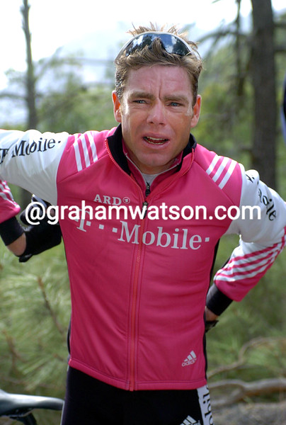Cadel Evans in the 2004 Murcia tour