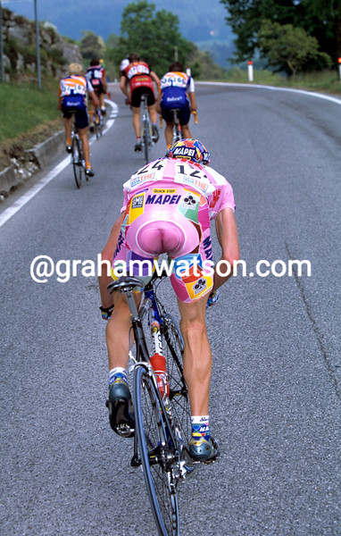 CADEL EVANS IN THE 2002 GIRO D'ITALIA