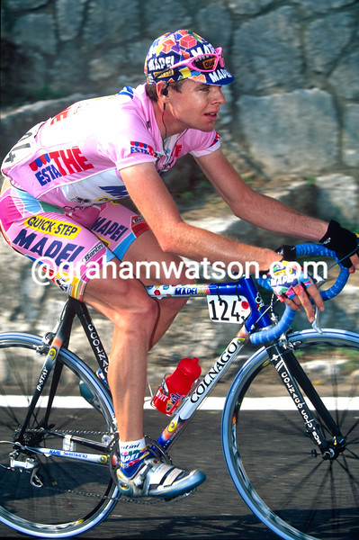 Cadel Evans in the 2002 Giro d'Italia