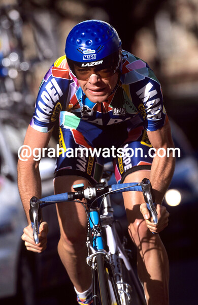 CADEL EVANS IN THE 2002 PARIS-NICE