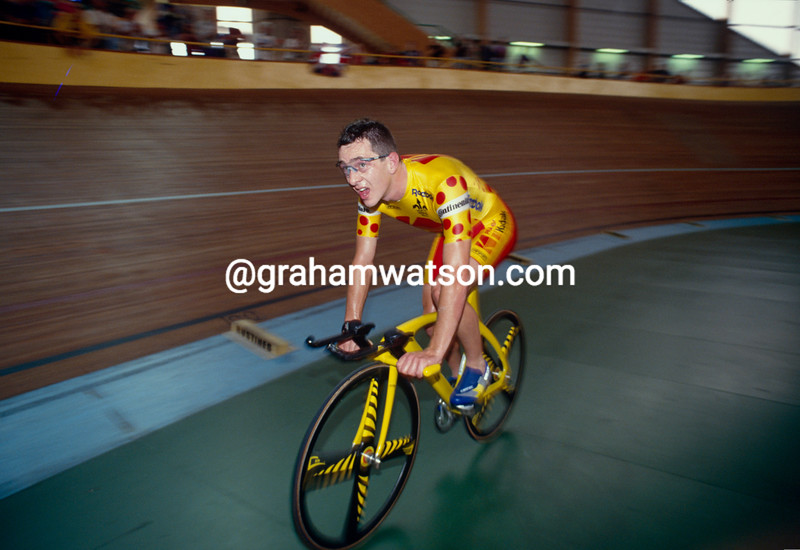 Chris Boardman in the 1993 Hour Record in Bordeaux
