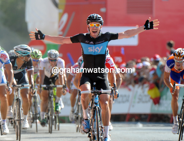 CHRIS SUTTON WINS STAGE TWO OF THE 2011 TOUR OF SPAIN