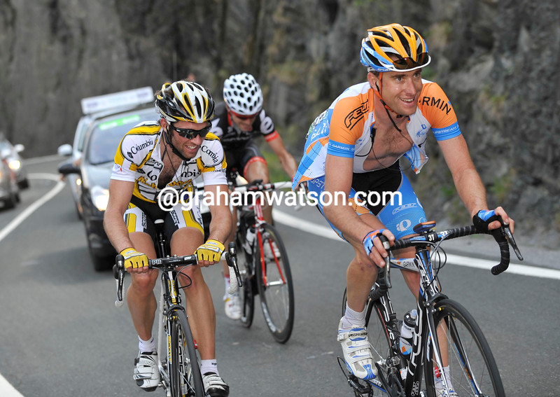 CHRISTIAN VANDE VELDE LEADS AN ESCAPE ON STAGE FOUR OF THE 2009 TOUR OF THE BASQUE COUNTRY