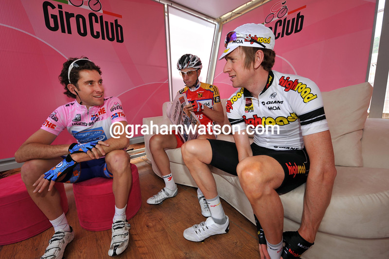 CHRISTIAN VANDEVELDE AND BRADLEY WIGGINS BEFORE STAGE TWO OF THE 2008 GIRO D'ITALIA