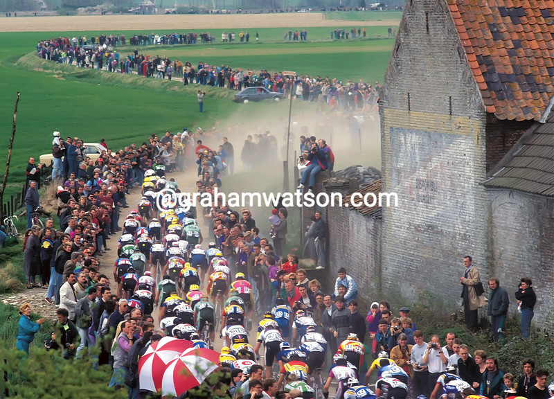 The 1990 Paris-Roubaix on cobblestones near Orchies