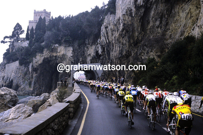 The peloton in the Milan San Remo
