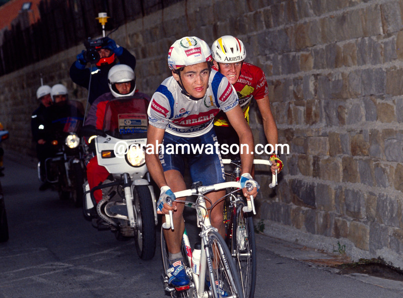 Claudio Chiappucci and Rolf Sorensen in the 1991 Milan-San Remo