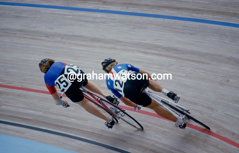 Connie Paraskevin-Young races against Bernardette Swinnerton in the 1984 World Track Championships