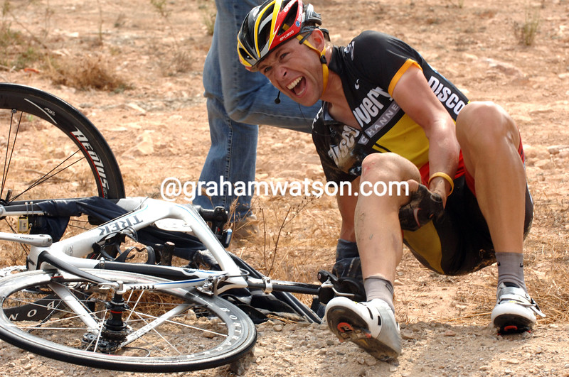 STIJN DEVOLDER HAS CRASHED ON STAGE THIRTEEN OF THE 2007 TOUR OF SPAIN