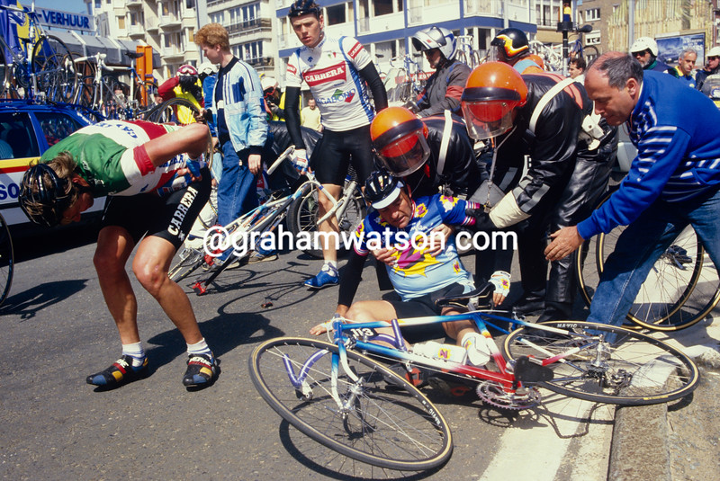 A crash in the 1992 Ghent-Wevelgem involves Gilbert Duclos-Lassalle and Bruno Leali (left)
