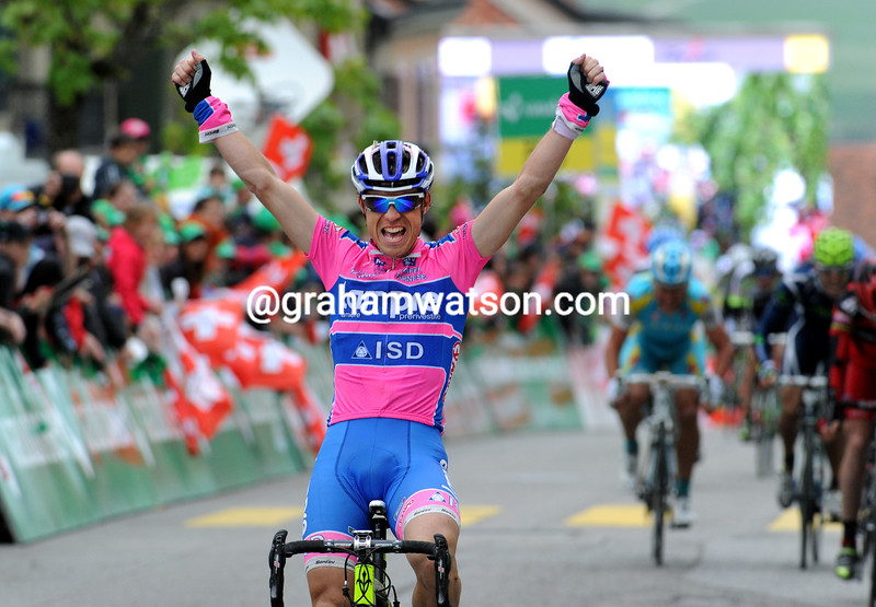 DAMIANO CUNEGO WINS STAGE TWO OF THE 2011 TOUR DE ROMANDIE