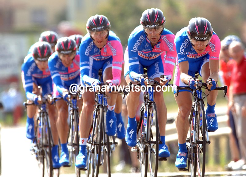 DAMIANO CUNEGO LEADS THE LAMPRE TEAM TOWARDS FOURTH PLACE ON STAGE FIVE OF THE GIRO D'ITALIA IN CREMONA