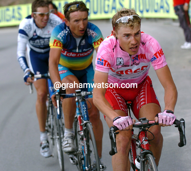 Damiano Cunego on stage eighteen of the 2004 Giro d'Italia