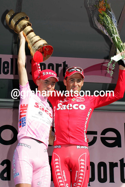Damiano Cunego and Gilberto Simoni on stage twenty of the 2004 Giro d'Italia