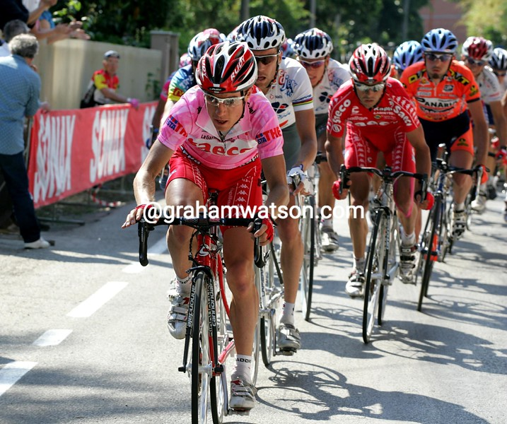 Damiano Cunego on a stage of the 2004 Giro d'Italia