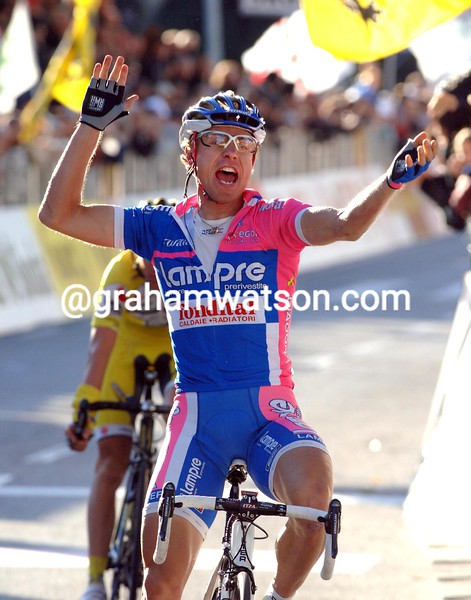 DAMIANO CUNEGO WINS THE 2007 GIRO DI LOMBARDIA