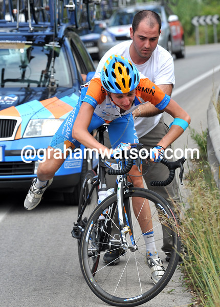 DANIEL MARTIN FALLS IN THE 2009 TOUR OF SPAIN