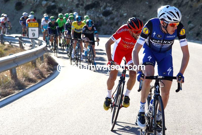 Dan Martin attacks in the 2016 Tour of Valencia