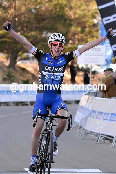 Dan Martin wins Stage 2 of the 2016 Tour of Valencia