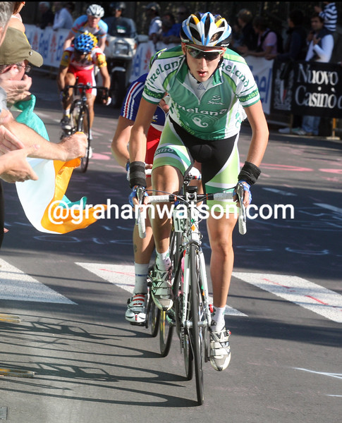 DANIEL MARTIN ESCAPES IN THE  U-23 2008 WORLD CHAMPIONSHIPS