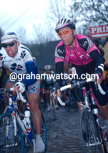 Danilo Hondo and Jacky Durand in the 2001 Tour of Flanders