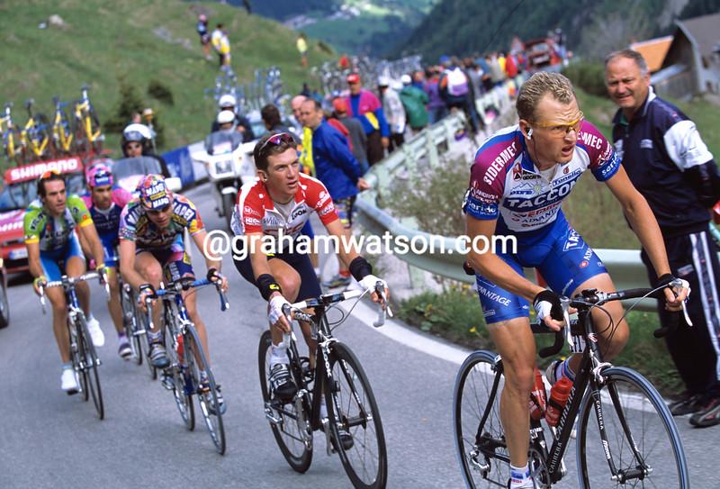 Dario Frigo on a stage of the 2002 Giro d'Italia