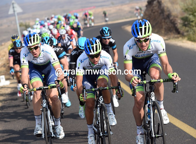 Daryl Impey attacks on stage one of the 2014 Tour of Beijing