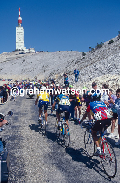 Miguel Indurain leads on Mont Ventoux in the 1995 Dauphine-Libere