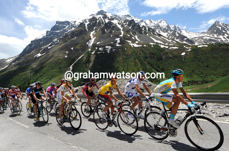 THE PELOTON CLIMBS THE COL DE LAUTARET IN THE 2010 DAUPHINE-LIBERE