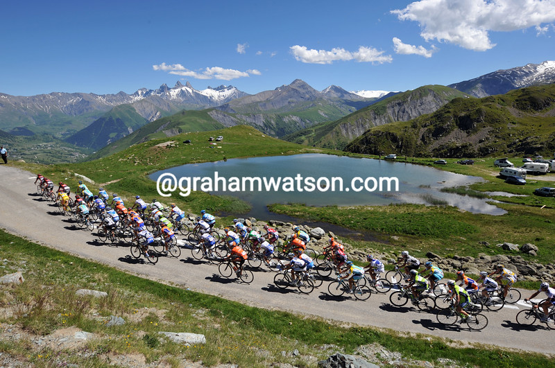 THE PELOTON CLIMBS THE COL DE LA CROIX DE LA FER ON STAGE SEVEN OF THE 2009 DAUPHINE-LIBERE